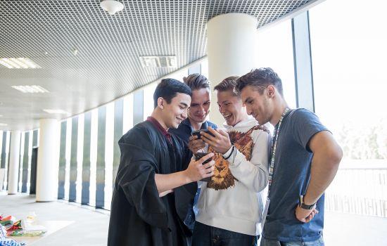 Как подростку выбрать профессию и ВУЗ