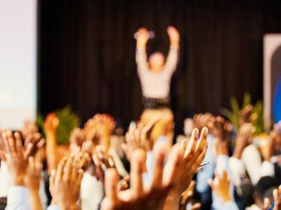 «Внешкольной деятельностью должны руководить профессионалы, иначе это будет только имитацией деятельности»