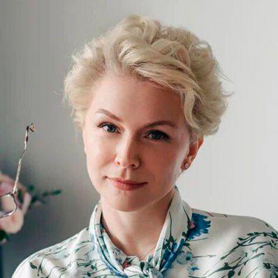 Светлана Шмакова